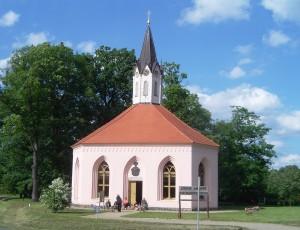 15-Kirche am Weg Dannenwalde